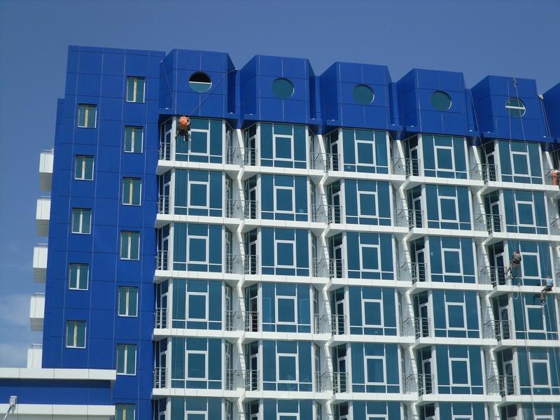 мытье фасада, клининговая компания
